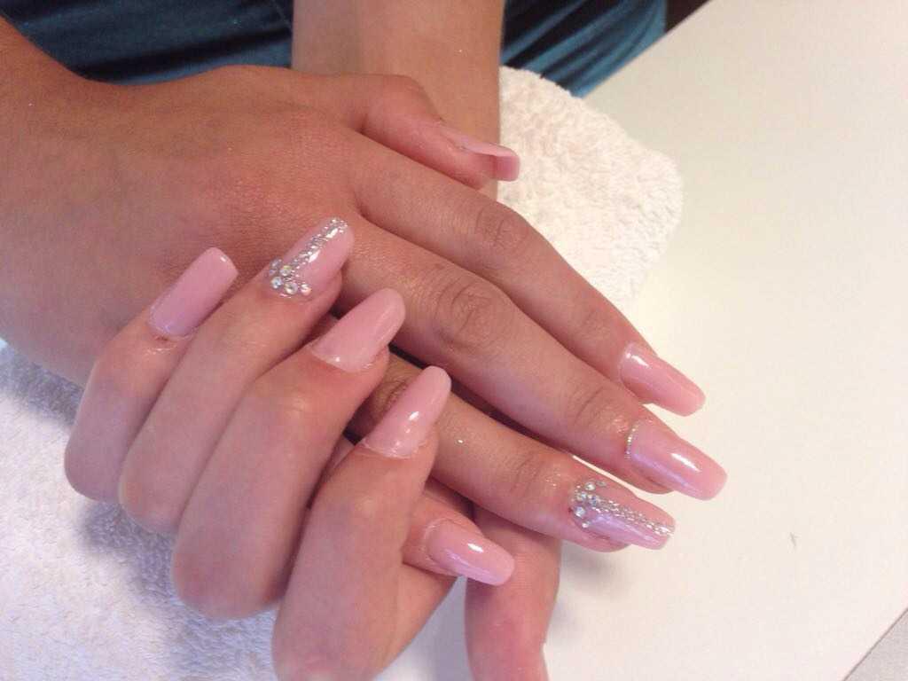 Ricostruzione in gel di unghie mani o piedi