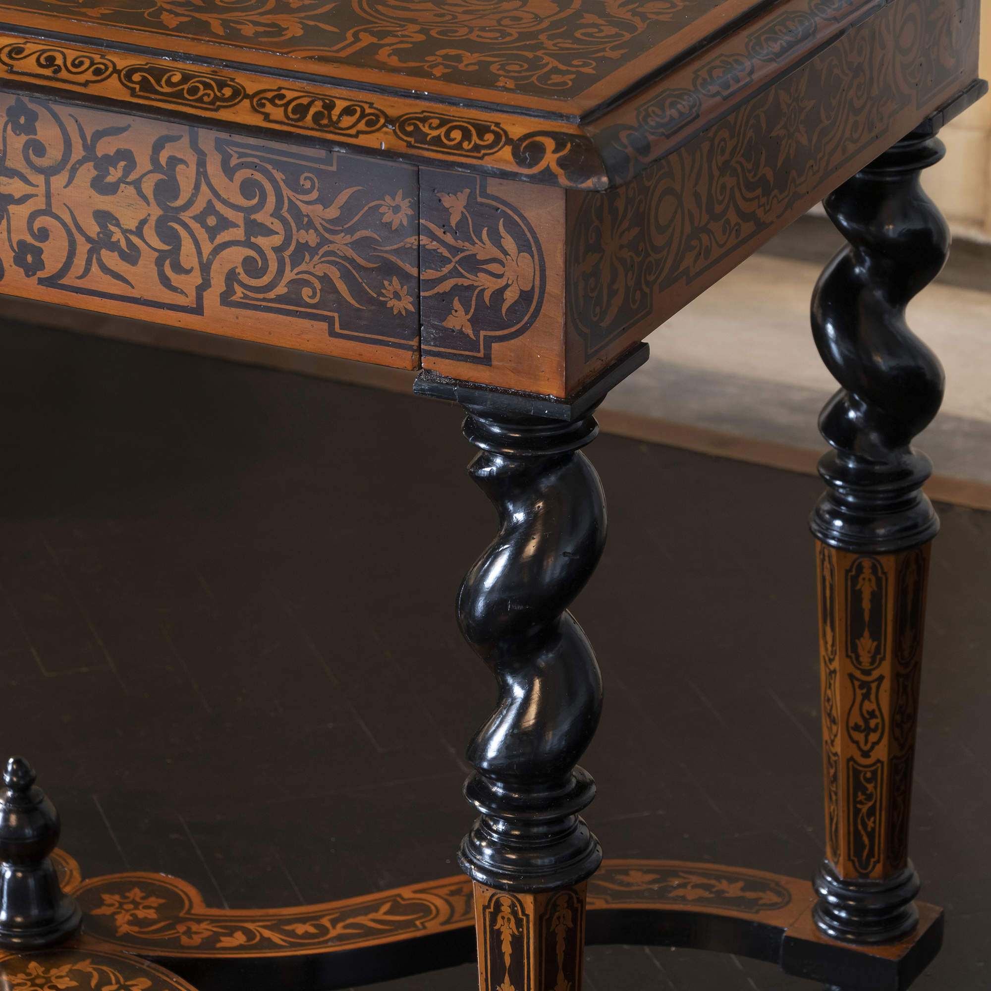 Mid 19th Century Walnut Inlaid Marquetry French Writing Table