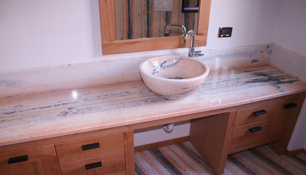 Produzione: lavabo, pavimenti, rivestimenti, piatto doccia, top per ...