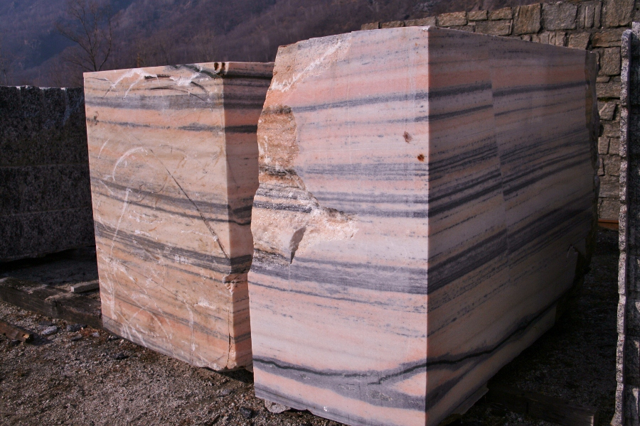 Marble from Ornavasso, rose Valtoce