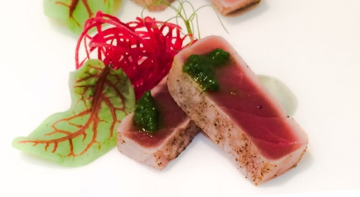 spumarche -  Umami - Pepi Anevski - Tonno scottato con olio di jalapeño e spuma di yuzu