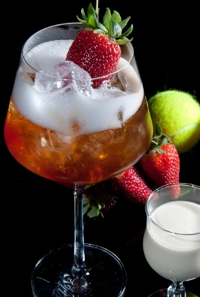 Spumarche - Mixologia - Wimbledon Piscine - champagne - ice - fragola - by Salvatore Calabrese -