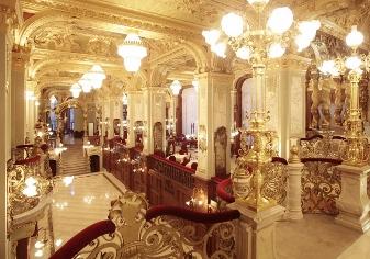 Hallway -New York Café - on Spumarche.com