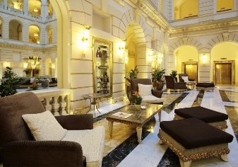 Lobby - Luxury Hotel - Budapest - Spumarche.com