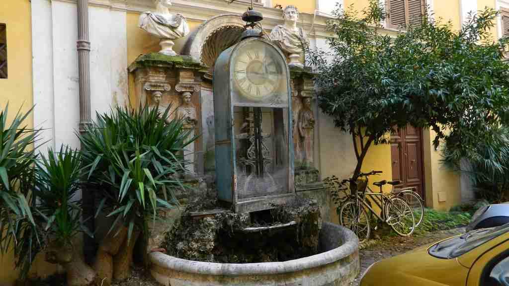 Gli orologi ad acqua di roma e il genio di padre embriaco
