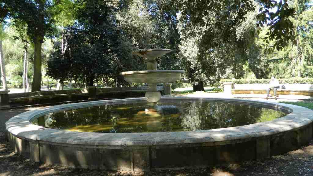 Fontana oscura for Fontane antiche