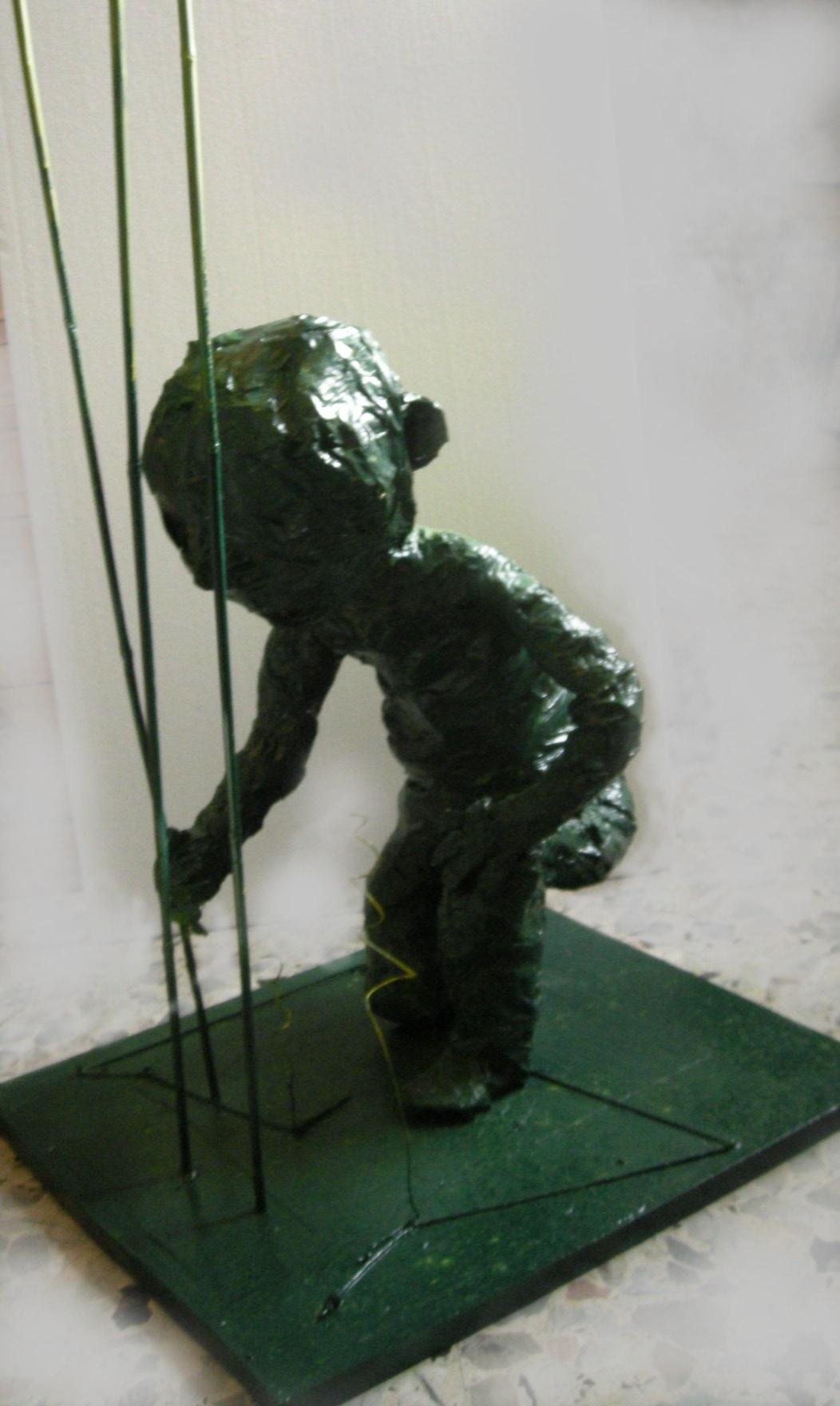 Sperimento. scultura polimaterica 50x50x50 circa - 2011