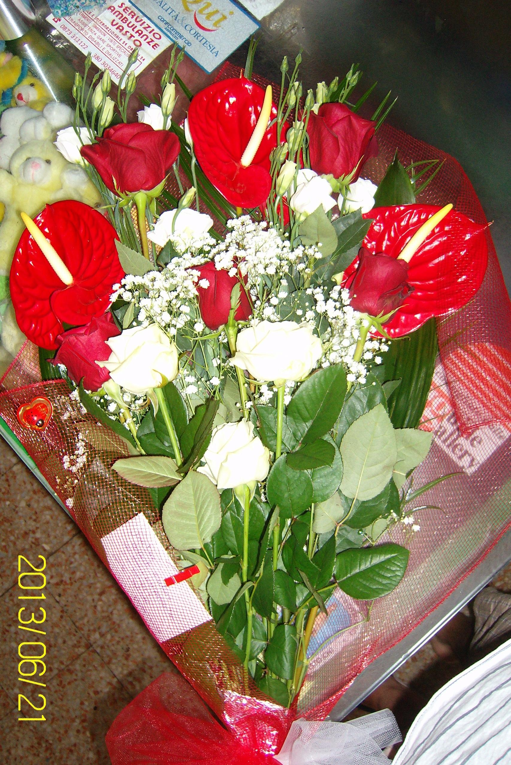 Eccezionale Fasci di fiori misti IE85