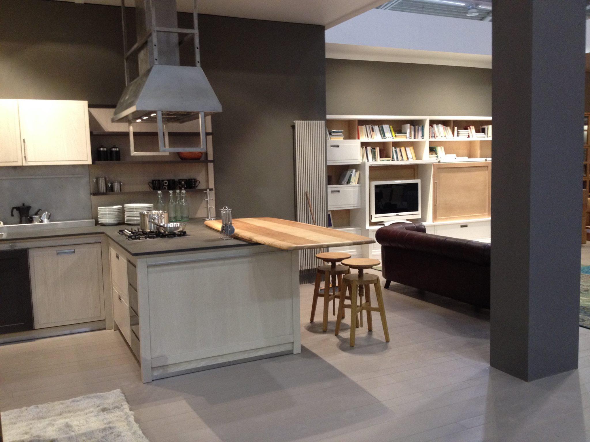 Cucine industrial chic l 39 ottocento tetesi arredamenti for Cucine in stile