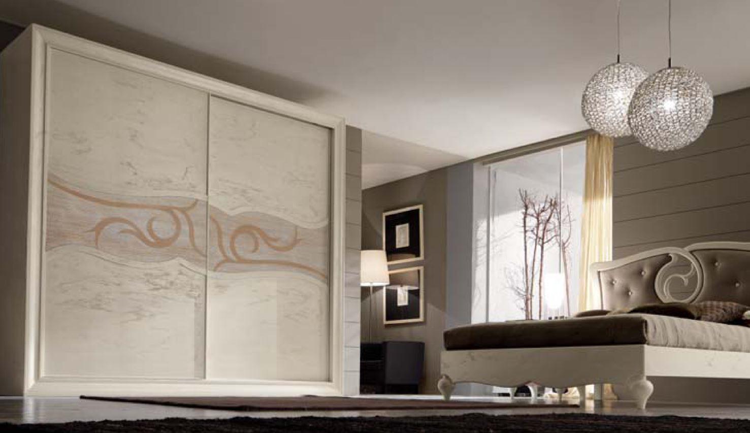 Zona notte in stile classico letti in ferro battuto for Arredamenti francavilla fontana