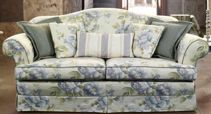 Divani Provenzali Roma : Divani poltrone e sofa in stile classico vintage retrò