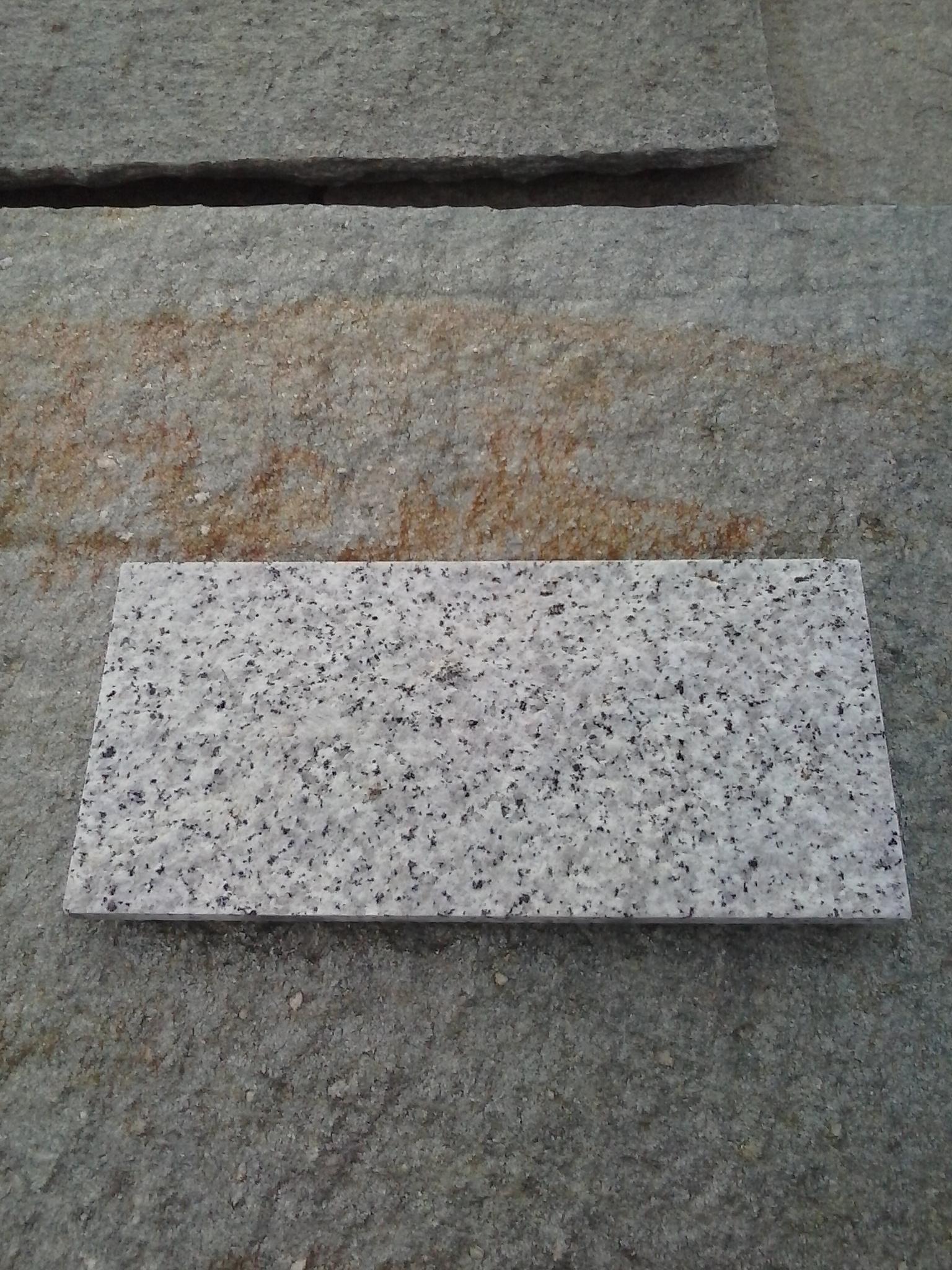 Piastrelle granito prezzi fioriera con grigliato plastica - Vendo piastrelle stock ...