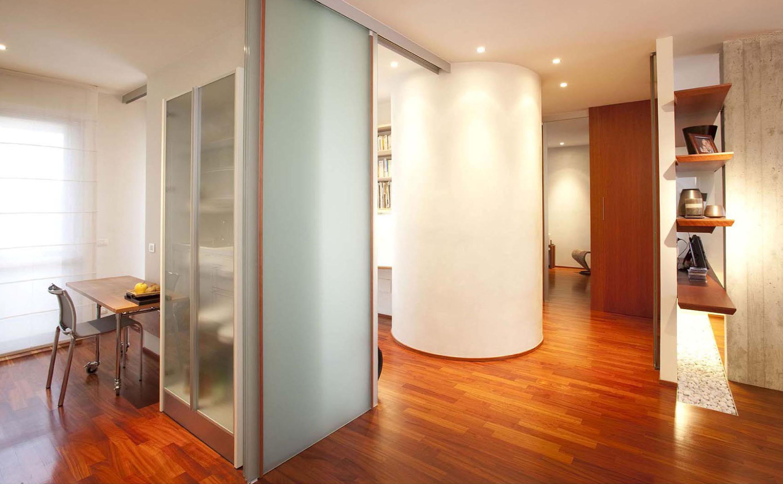vista cucina e soggiorno