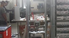 Schema Elettrico Quadro Di Campo Stringhe : Quadri elettrici