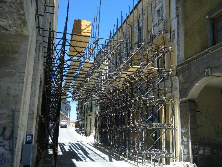 Vivibilità post sisma nella città dell'Aquila: bambini e Anziani