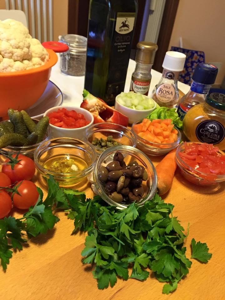 olive pomodorini carota sedano cetriolini prezzemolo