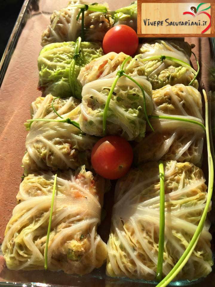 fagottini involtini verza erba cipollina pomodorini vegano vegetariano veg