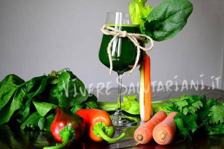 succo verde campagnolo  peperoni sedano carota prezzemolo viveresalutariani
