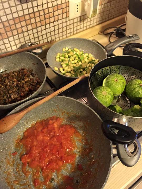 zucchine tonde funghi pomodori pomodoro