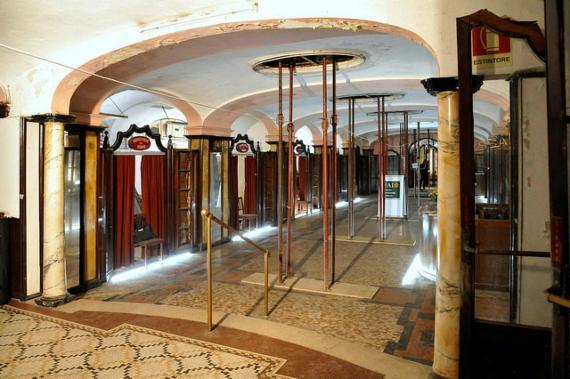 ex albergo diurno metropolitano milano centro porta venezia piazza oberdan