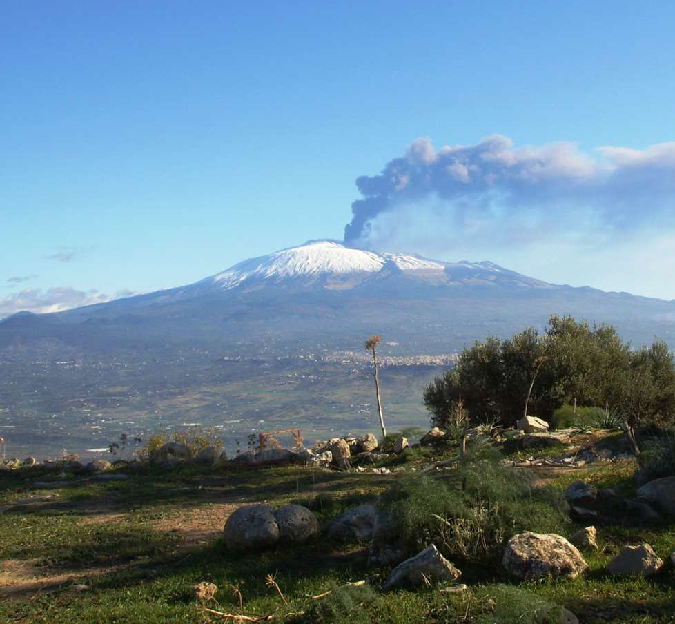 L'Etna vista da Caltagirone