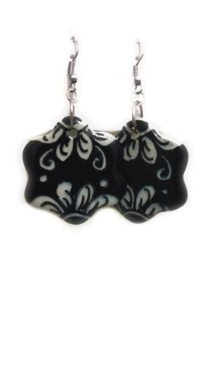 Ceramic earrings black