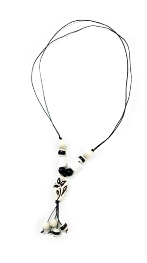 Ceramic necklace black and white