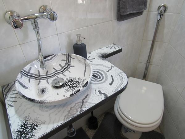 Modern white sink 2
