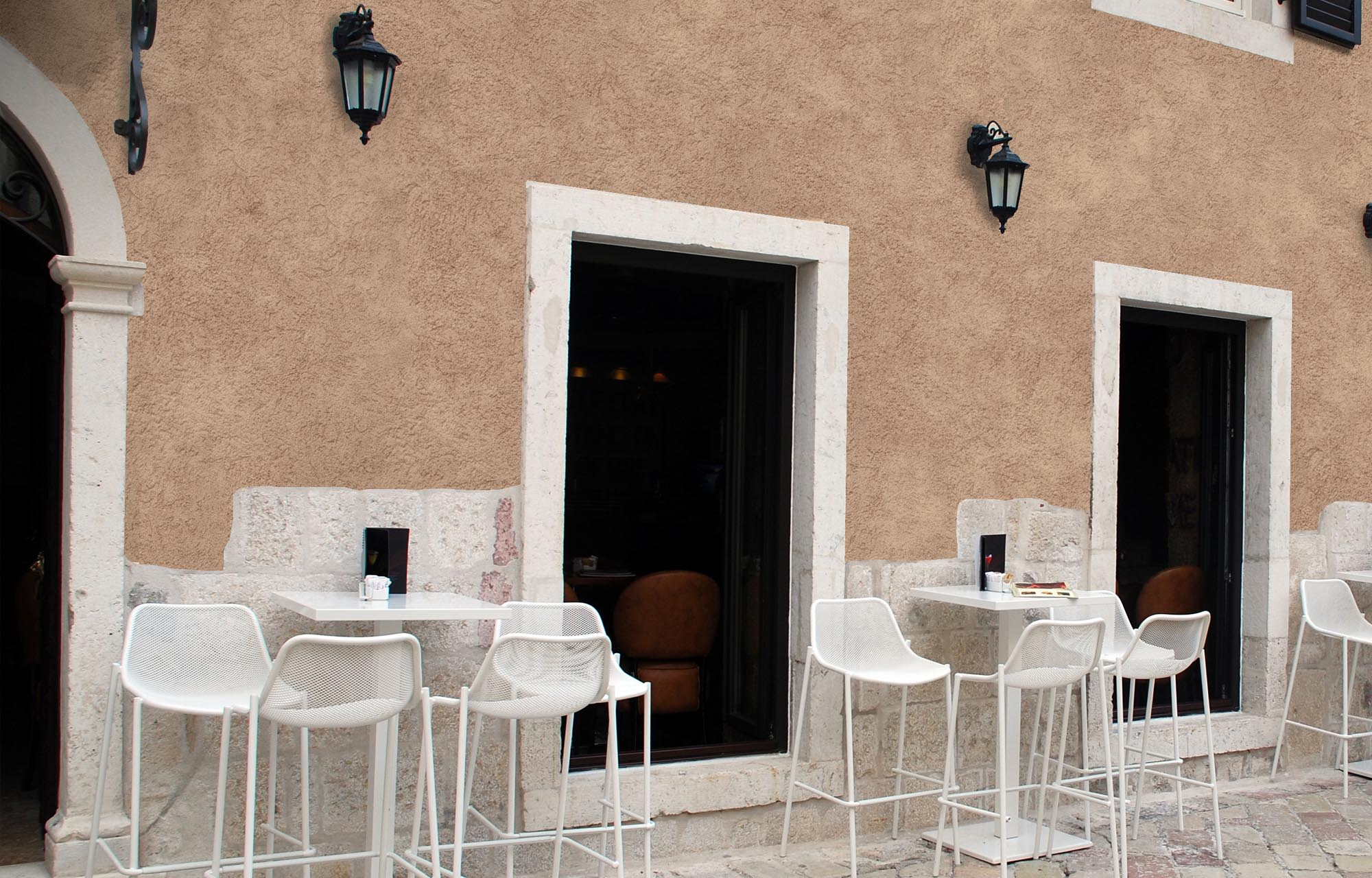 Cucina rustica cucina in stile in stile rustico di salm caminetti come ottenere un muro interno - Pitture per cucine rustiche ...