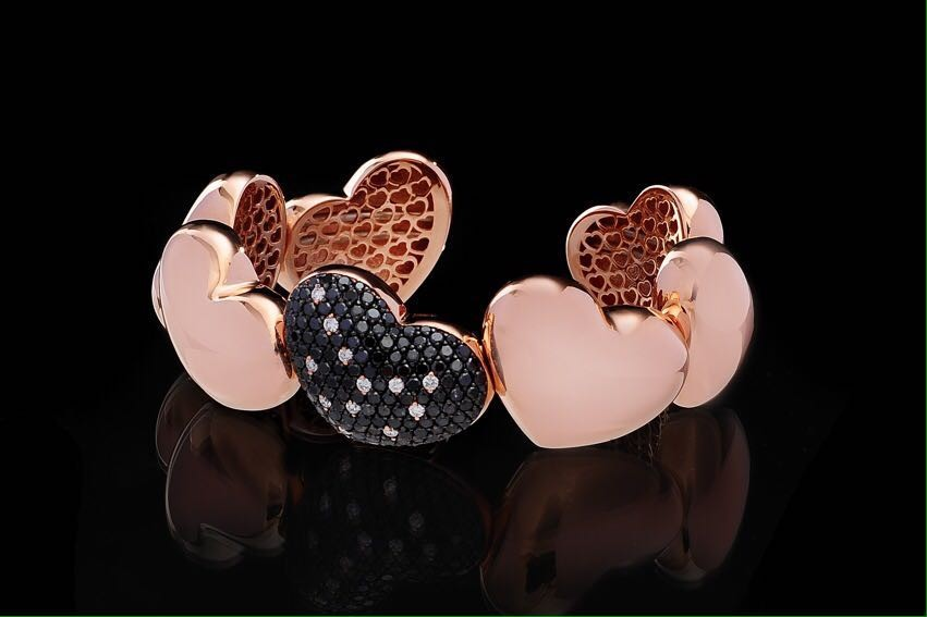 Pink Gold 18k g. 47,00 DN Ct. 3,55 -DB Ct. 0,15 € 13.920,00