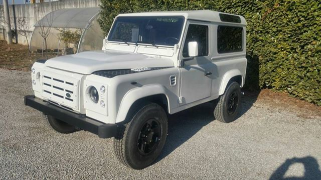 1992 LAND ROVER DEFENDER 90 LHD