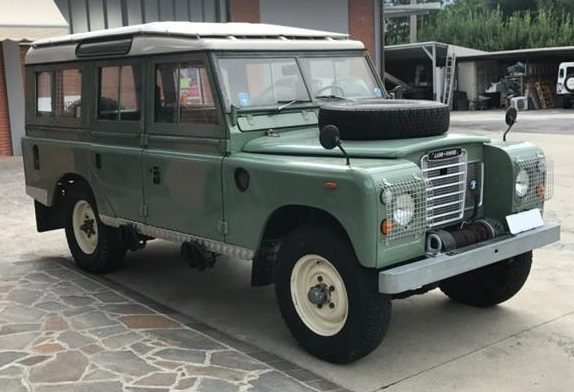 1975 LAND ROVER 109 SERIES III