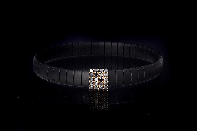 In Rose Gold 18kt and Black Diamonds -DN Ct. 0,052