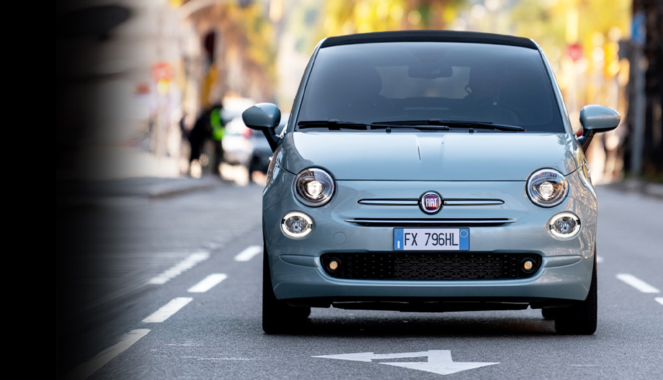 fiat-500-hybrid-city-car-advantage-desktop-960x550jpg