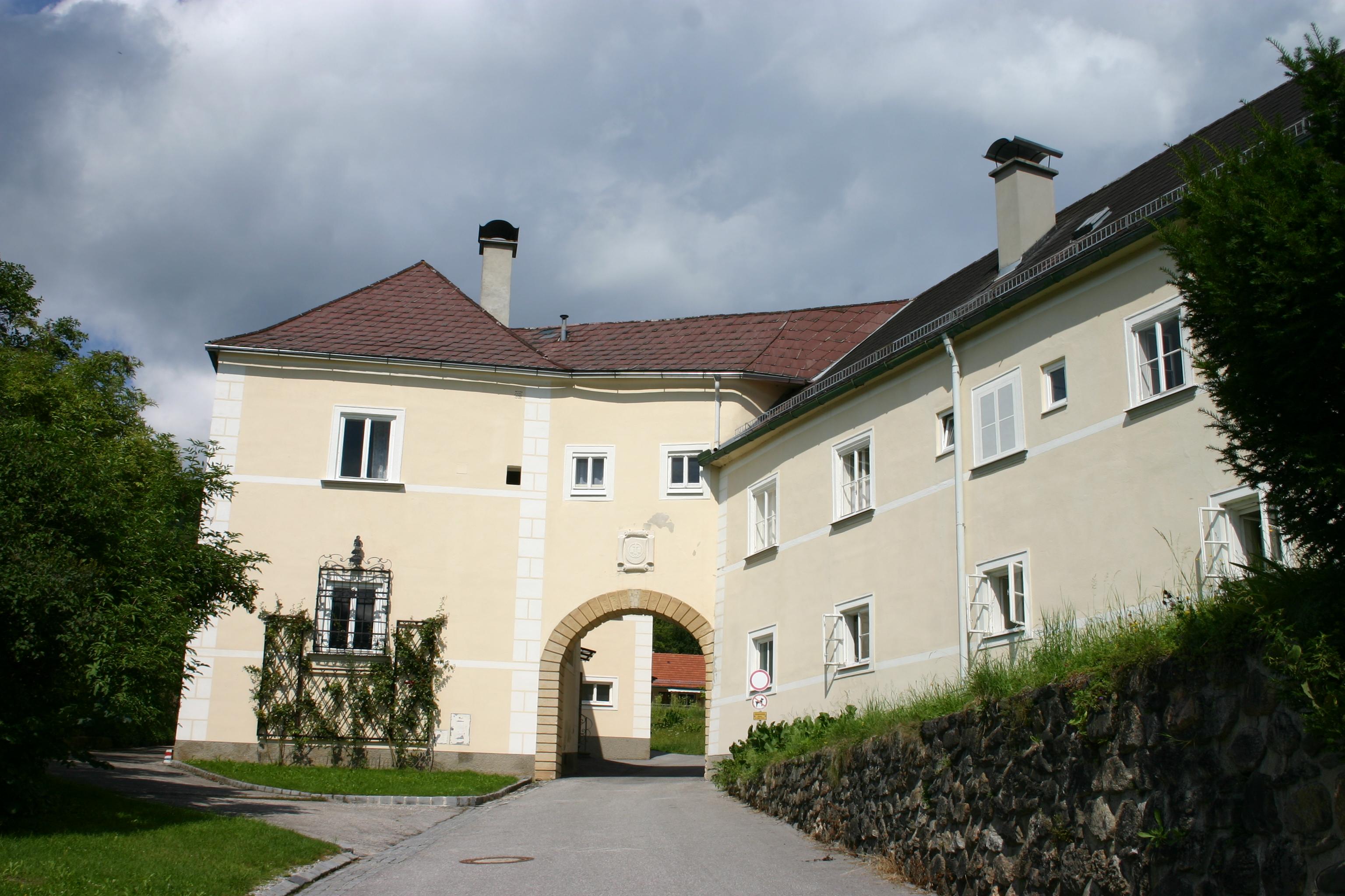 Kirchberg_am_Wechsel_Dominikanerinnen-Kloster_Sede della Fondazone Wittgensteinjpg