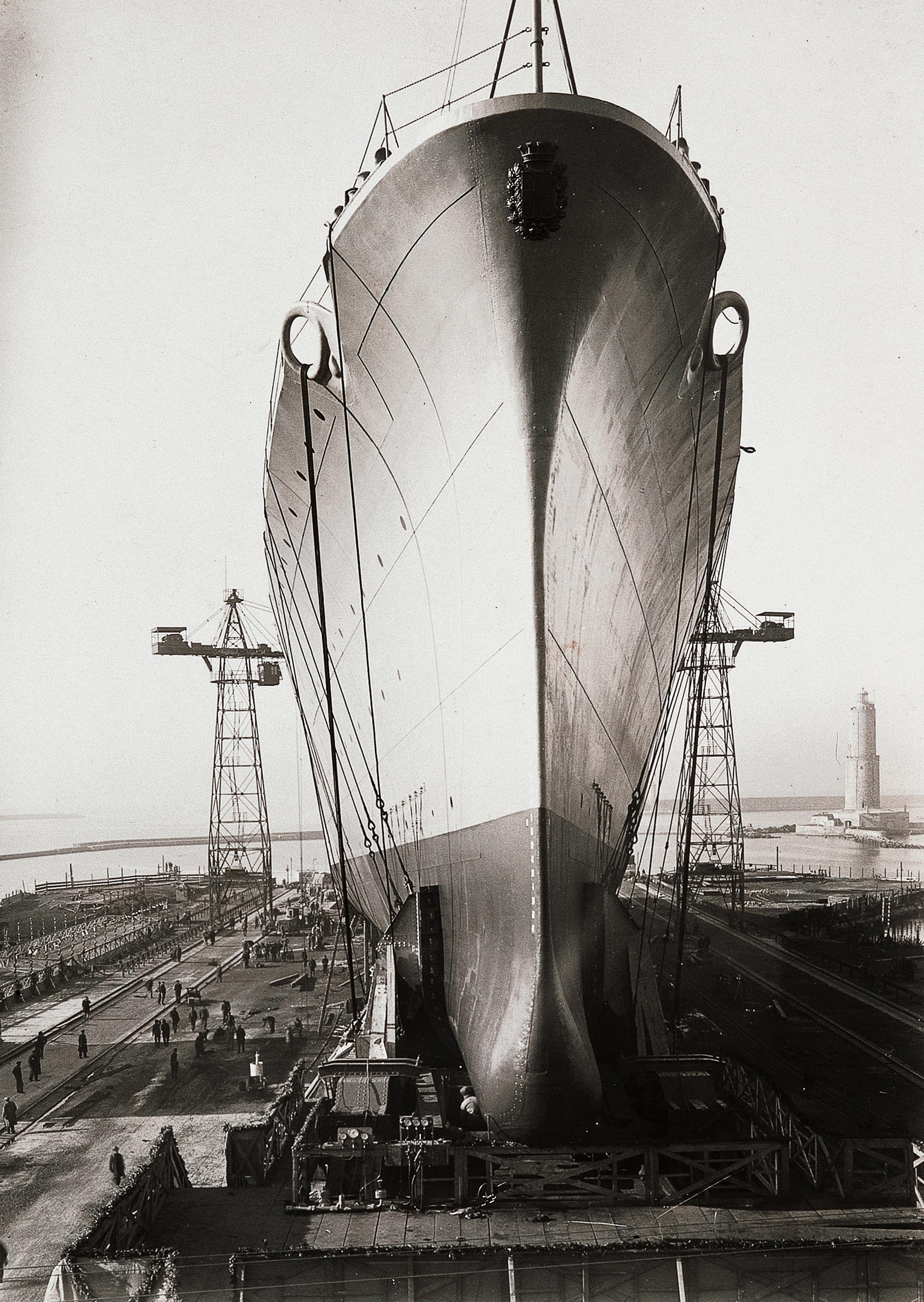 20Studio Betti Borra_Cantiere navale_Livorno_1945 ca_Raccolte Museali Fratelli Alinari RMFA-archivio Betti Borra_FirenzeJPG