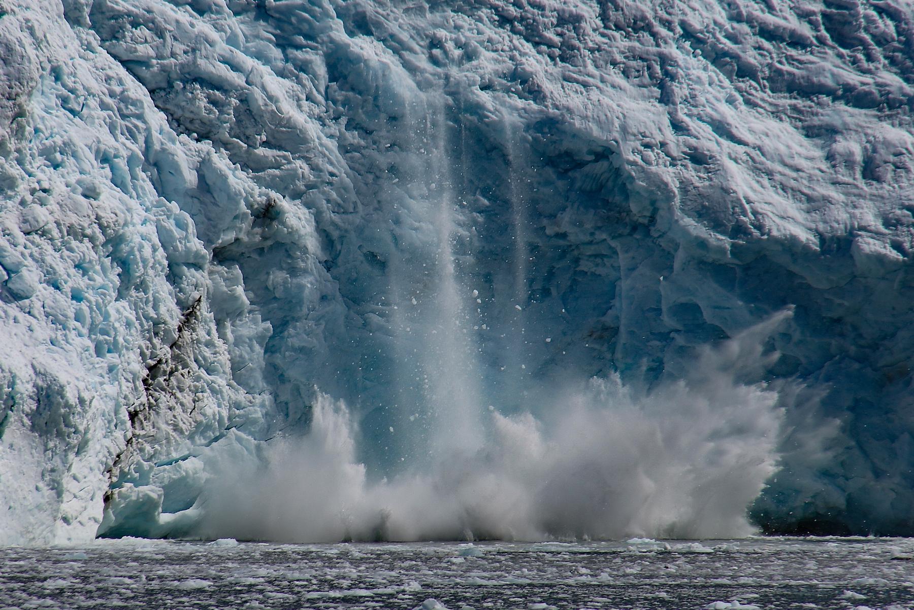 05-Glacier-Calving2jpg