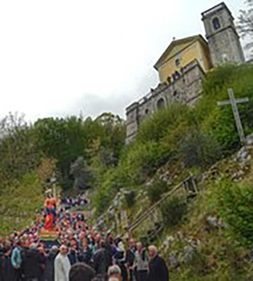 processione_pasqua_rotondi_2jpg