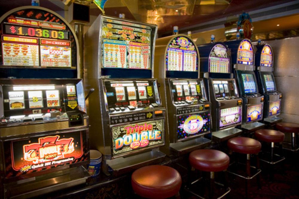 slot machine-2-2jpg