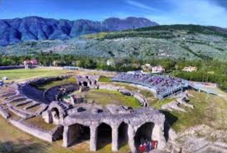 anfiteatro-romano-di-avella-3jpg