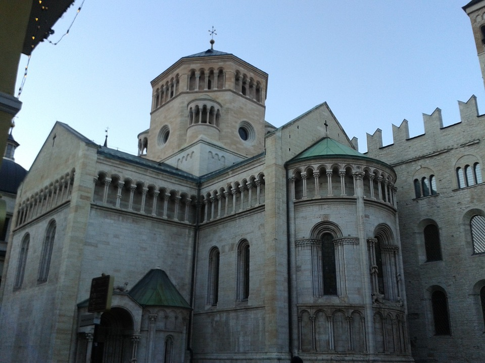 the-cathedral-of-trento-248082_960_720jpg