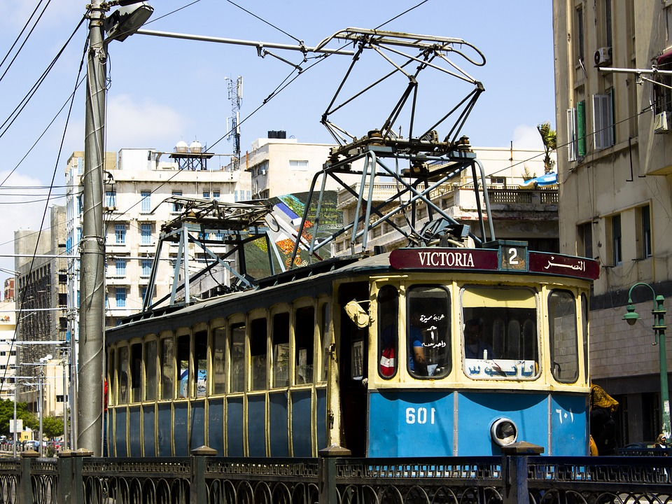 old-tram-2265506_960_720jpg