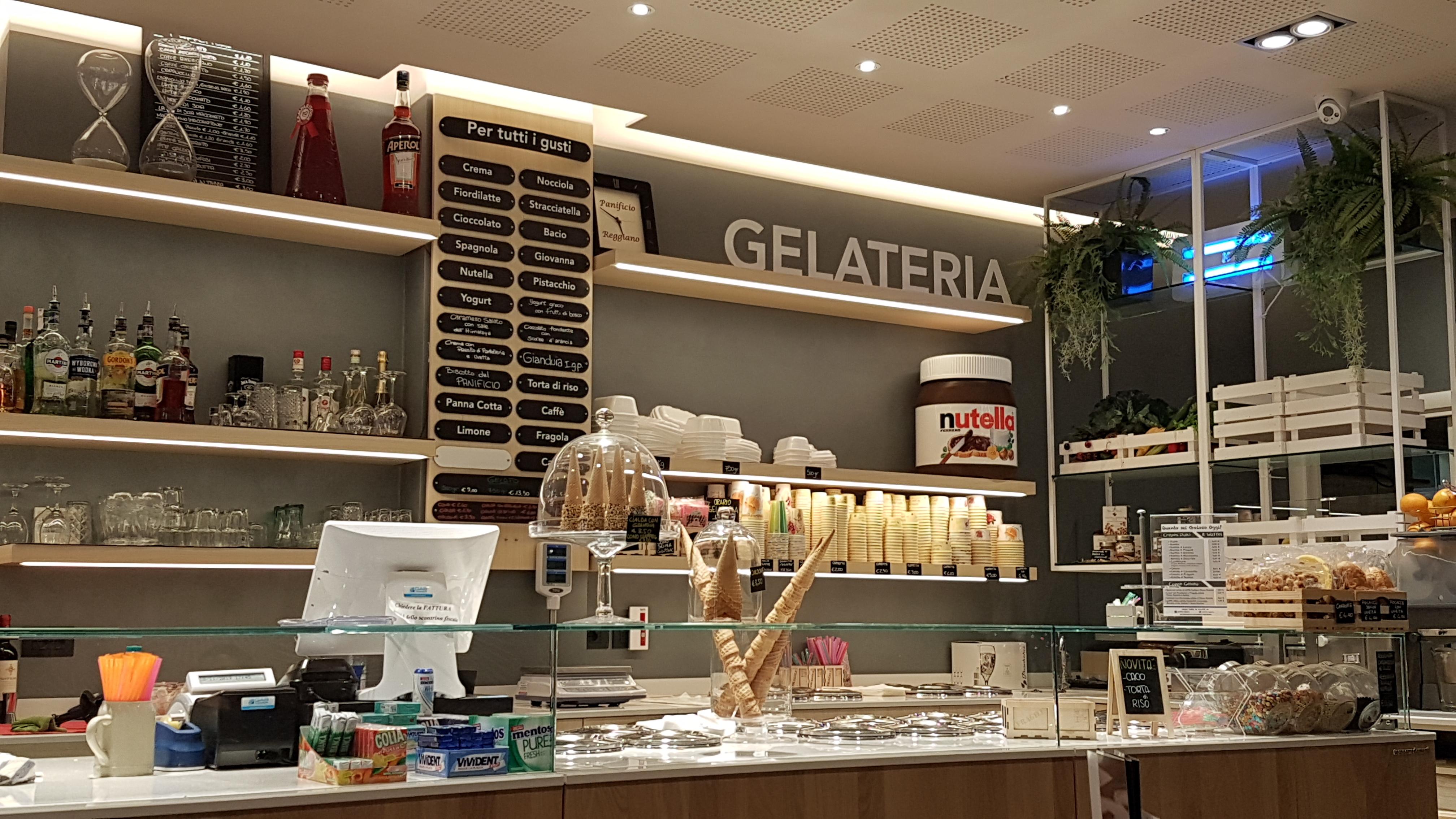 PANIFICIO REGGIANO CAFFETTERIA 2jpg