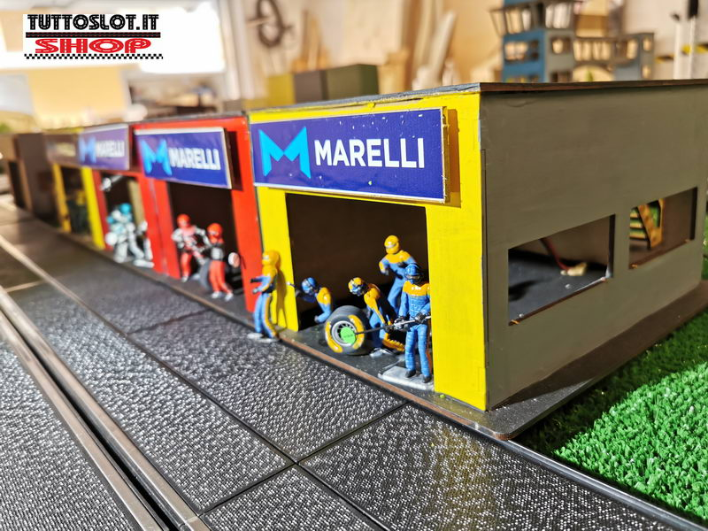 Box laterali (2pz) con scala e terrazza - Lateral Pit Boxes (2pcs) with stairs and terrace