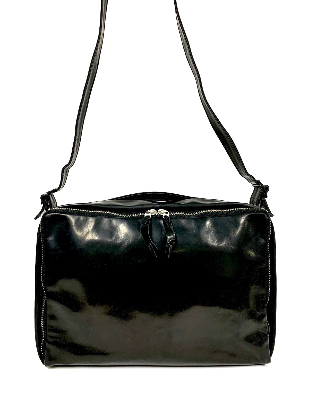 polished shoulder bag