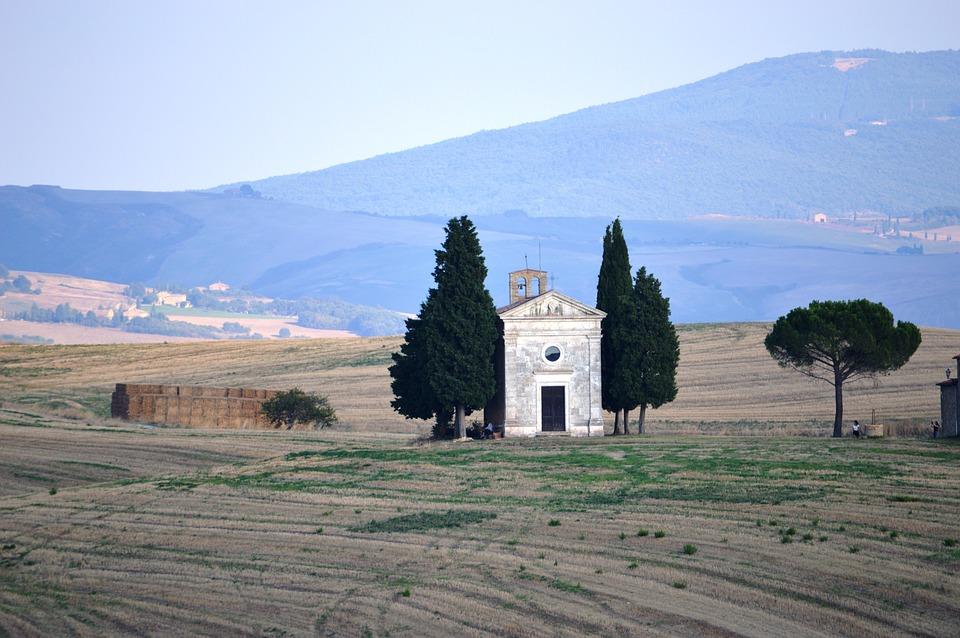 the-val-dorcia-tuscany-2188104_960_720jpg