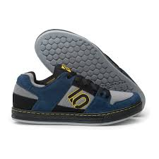 5 Ten Freeride Blue Navy / Grey Listino € 109,90 Promo € 79,90