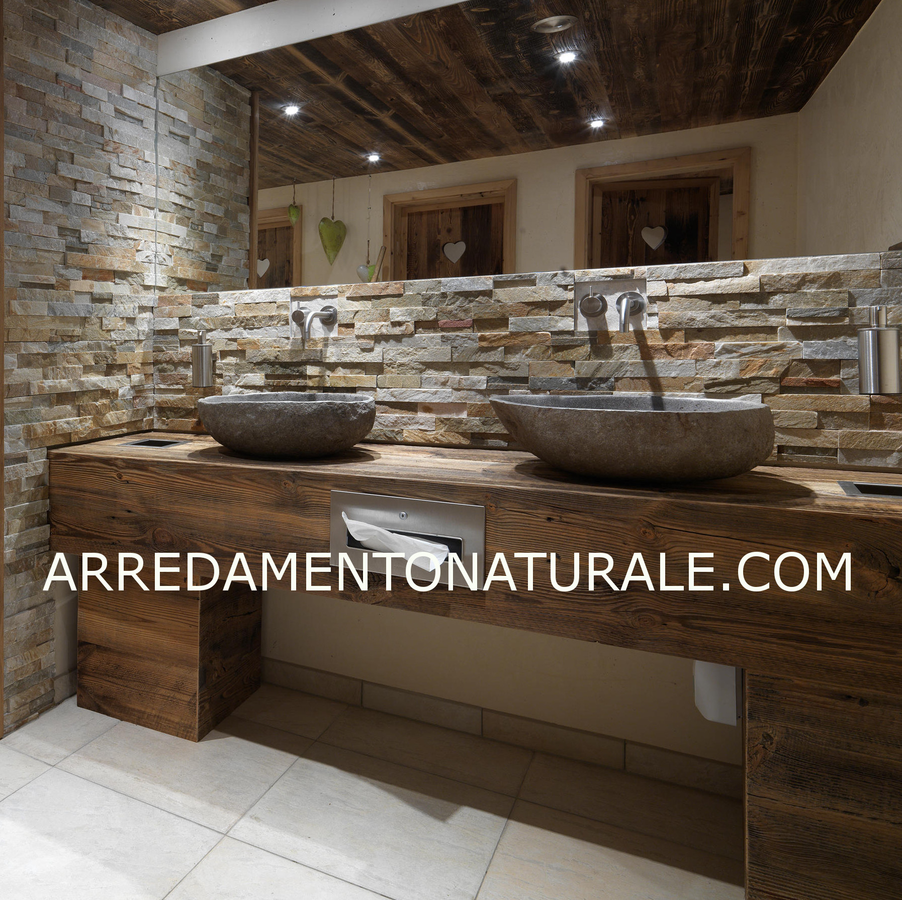 Mobili da bagno in legno massello su misura con essenze - Mobili bagno in legno ...
