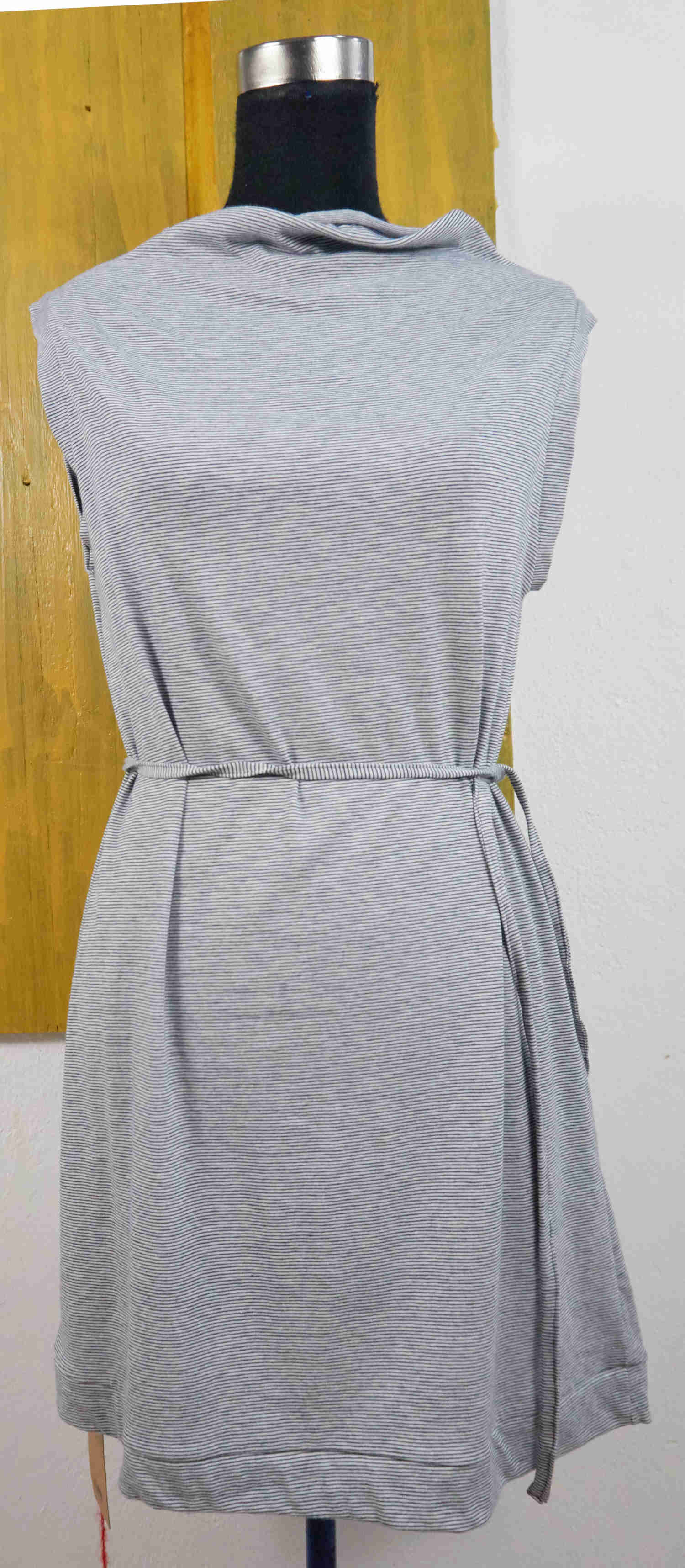 dress with boatneck
