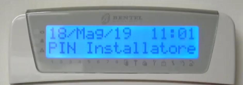 Regolazione luminosit schermo tastiera Lcd Bentel Absolutapng